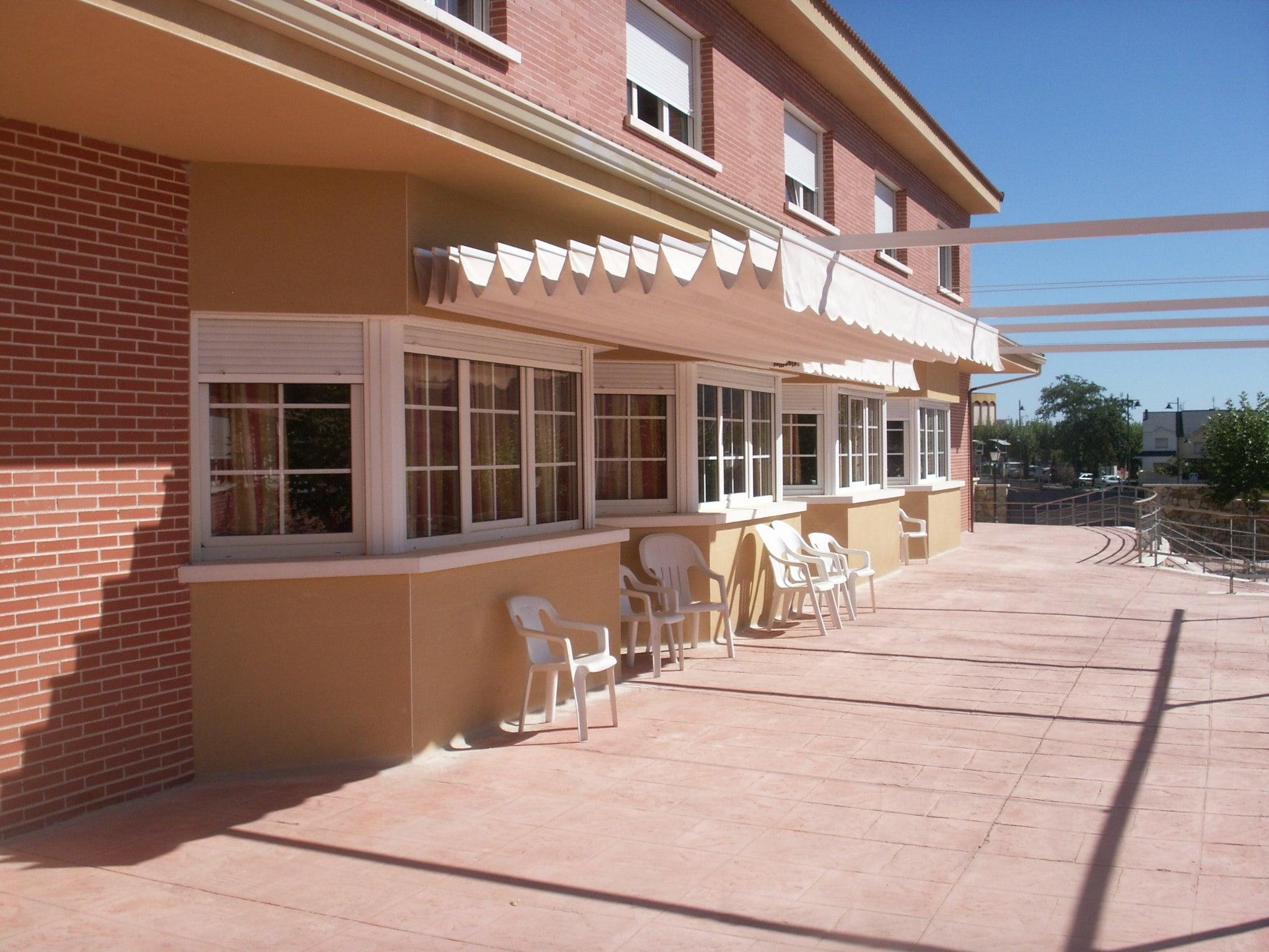 Centro_de_Mayores_Virgen_de_la_Nueva_-_terraza