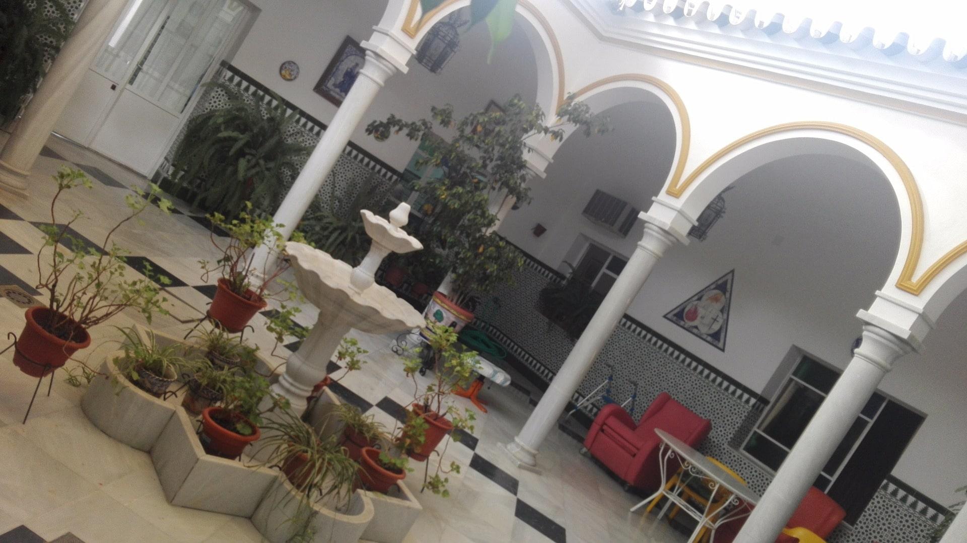 Residencia_Cristo_Rey_-_jardin