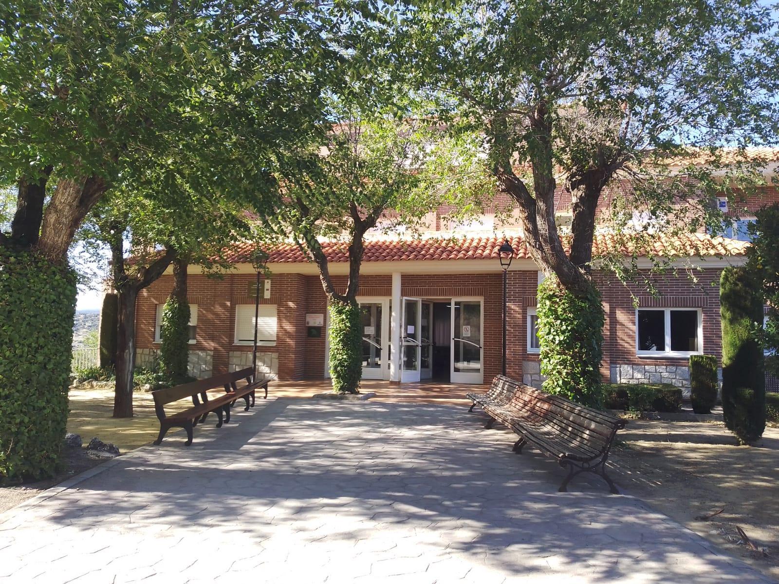 Residencia_Geron__San_Roque_-_edificio