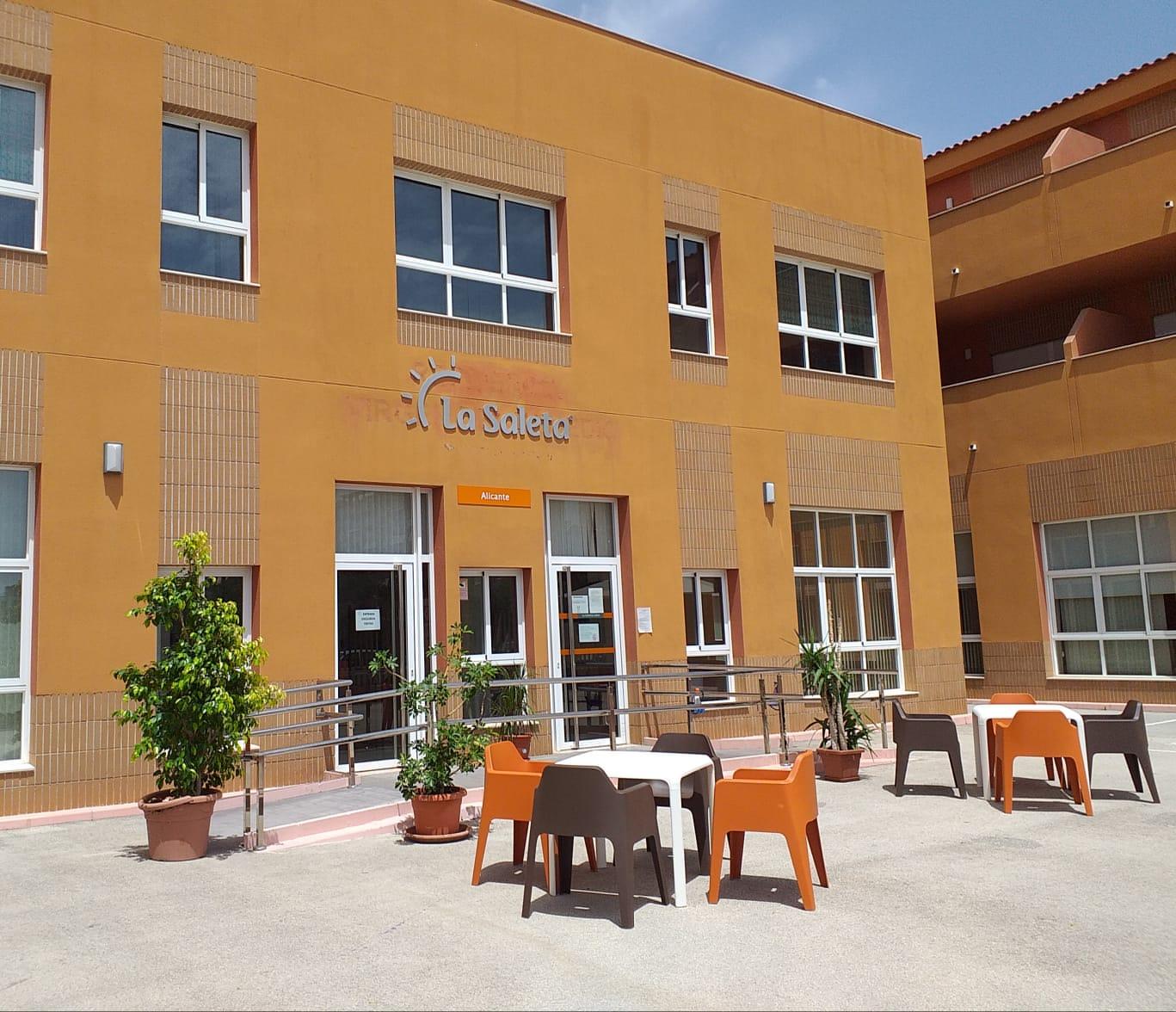Residencia_La_Saleta_Alicante_Fachada