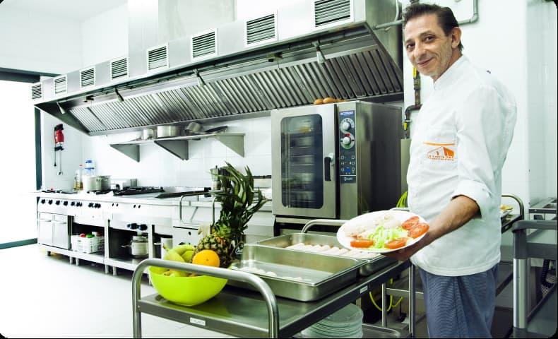 Residencia_La_Vostra_Llar_Voramar_Cocina