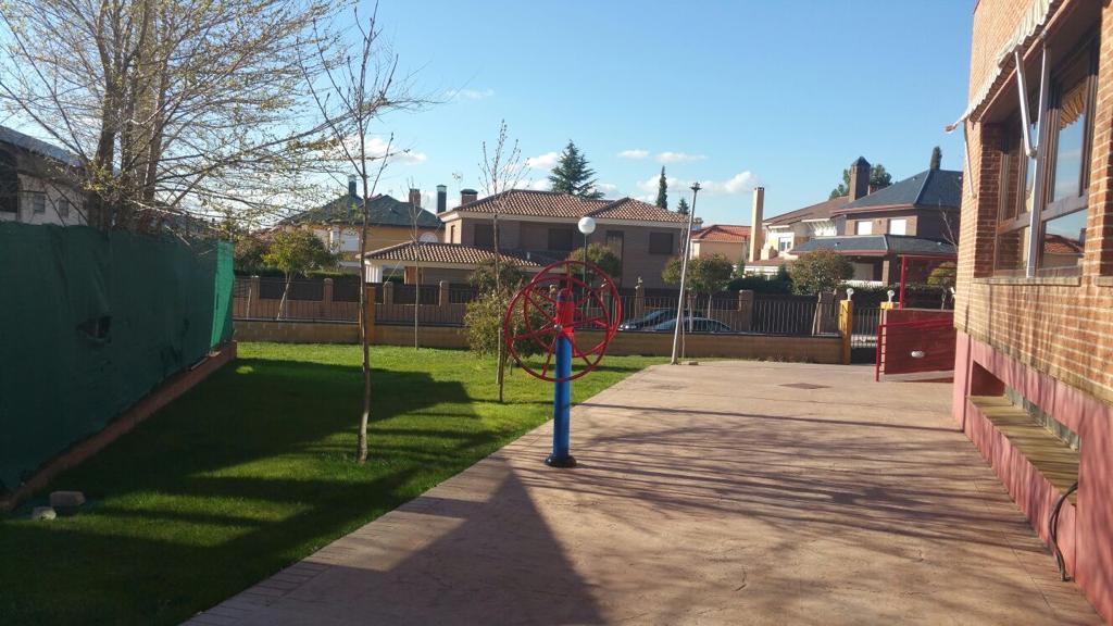 Residencia_Peñasalbas_Jardín