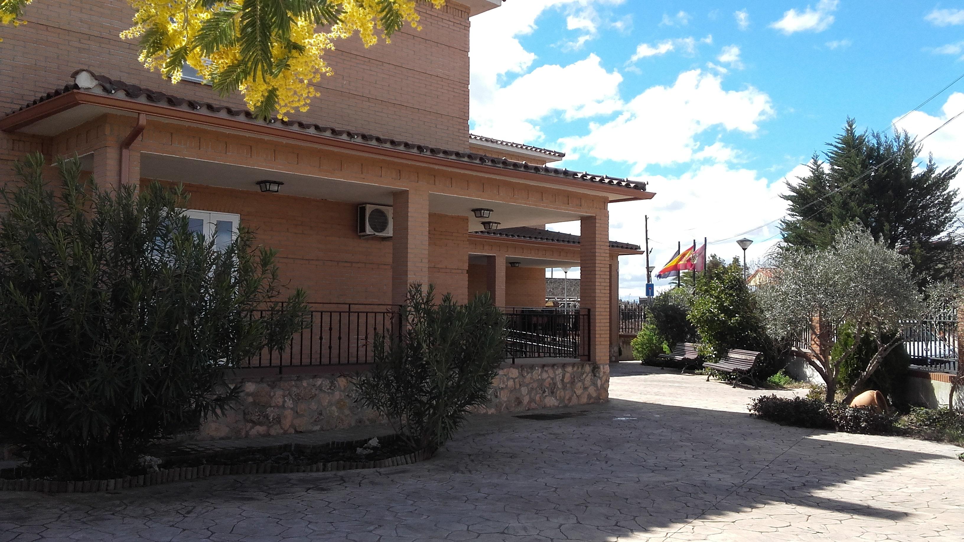 Residencia_de_Mayores_El_Carmen__edificio